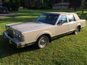 1988 Lincoln Lincoln Town Car Signature Series