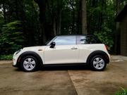 Mini Only 379 miles Mini Cooper Cooper Hardtop 2-Door